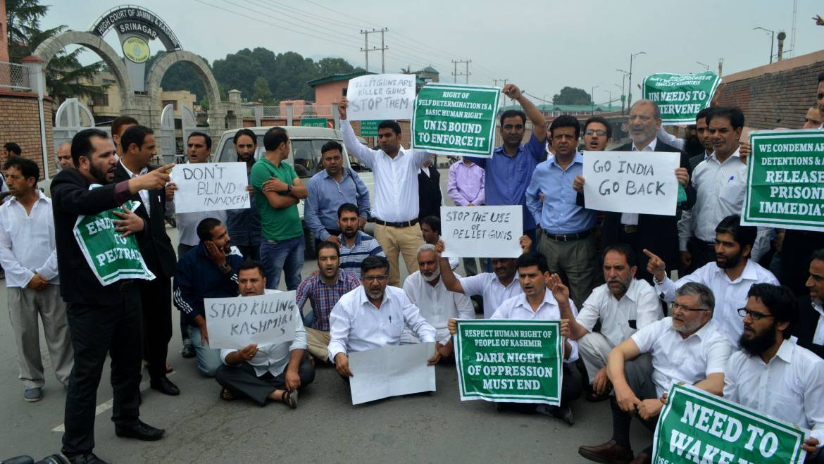 Bar association held protest against Kashmir Killings, pellet terror